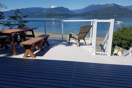 Picturesque Hood Canal Waterfront
