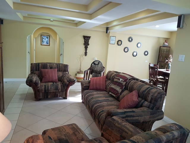 Casa Fabro Belize - Vacation Rental