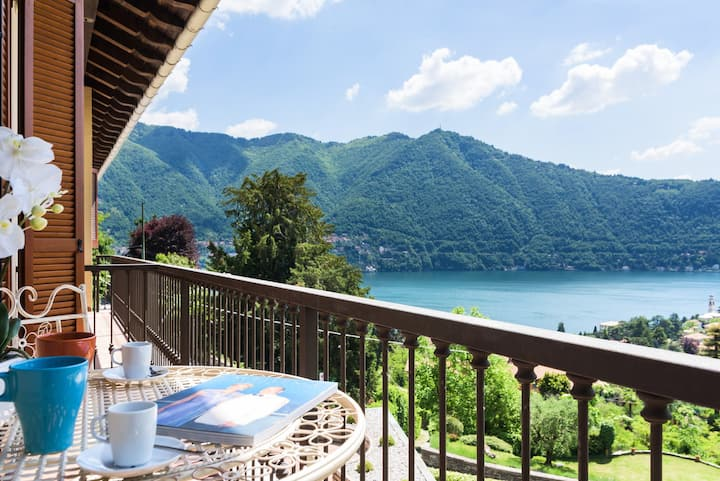 Stunning Lake view in Cernobbio- balcony-P.Parking