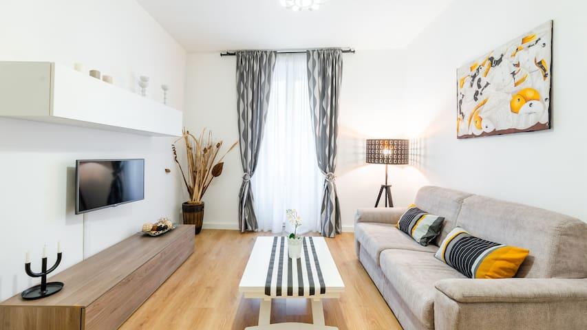 Barberini Triton Apartment