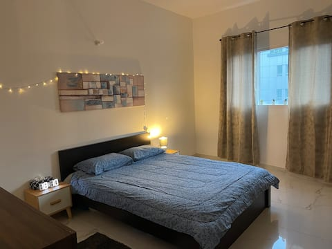 Bed room with attached Bathroom Short Stay