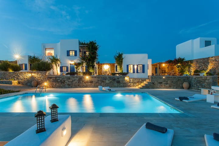 Iris 5Bed Villa in Agios Lazaros (Pool/Seaview)