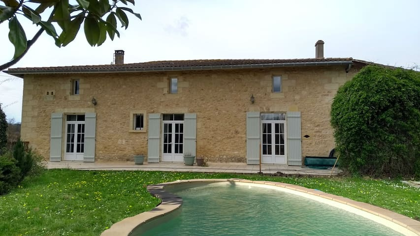 250 m² charming house in the vineyards