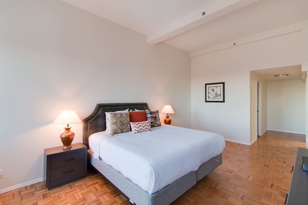 Bedroom at Longfellow Place by Stay Alfred
