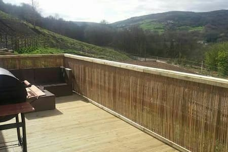 Beautiful Cottage Pet Friendly Ideal for Walkers - Marsden - 小平房