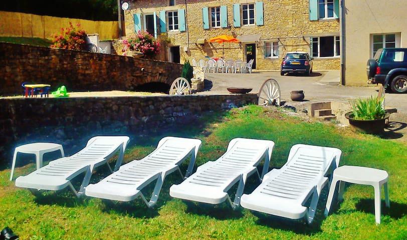 Superbe Moulin du 17 ème dans le Périgord Noir! - Saint-Cernin-de-l'Herm