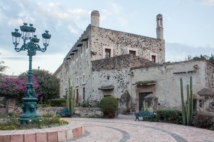 Cómodo Departamento en Hacienda Castillo - Queretaro - Apartment
