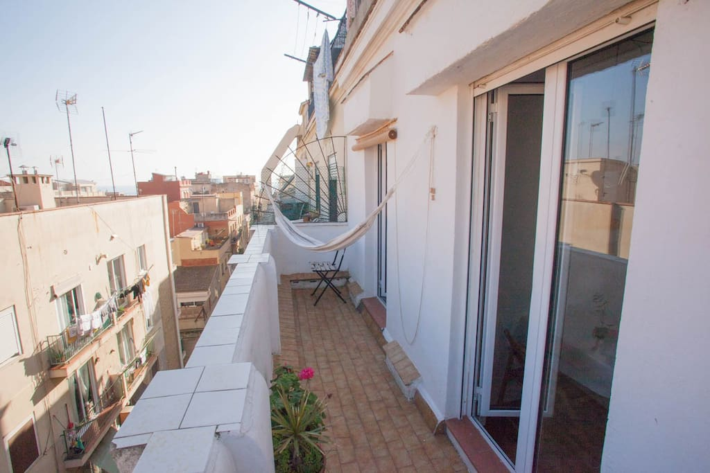 Your terrace with sea views (East)