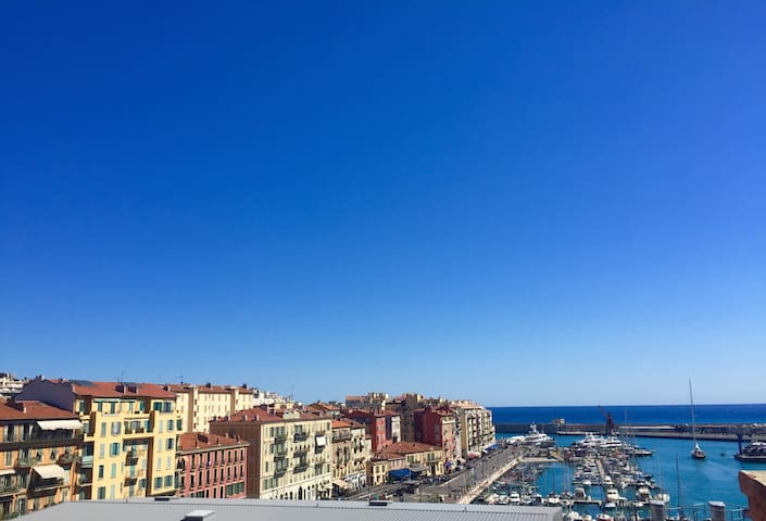 [SEA VIEWS] Charming studio overlooking Nice Port