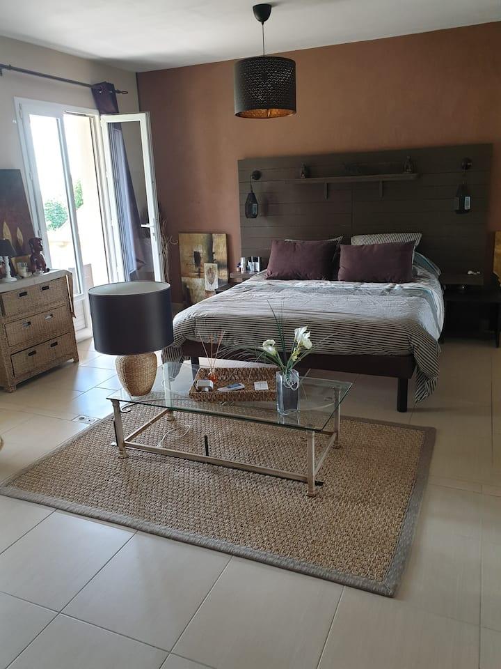 Chambre  d'hôtes dans villa type orientale