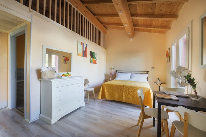 Double bedroom with ensuite bathroom on the ground floor