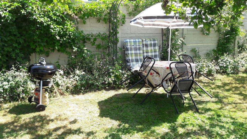 Maison de campagne avec jardin à 5 mn d'Aurillac