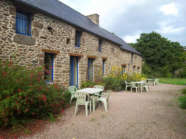 Mansion with 2 bedrooms in Miniac-Morvan, with WiFi - 7 km from the beach