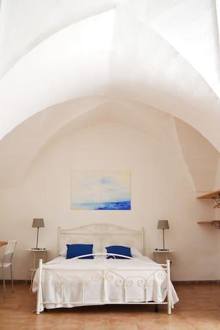 SALENTO GUESTHOUSE B&B APARTMENT 2 - Carpignano Salentino - Appartement