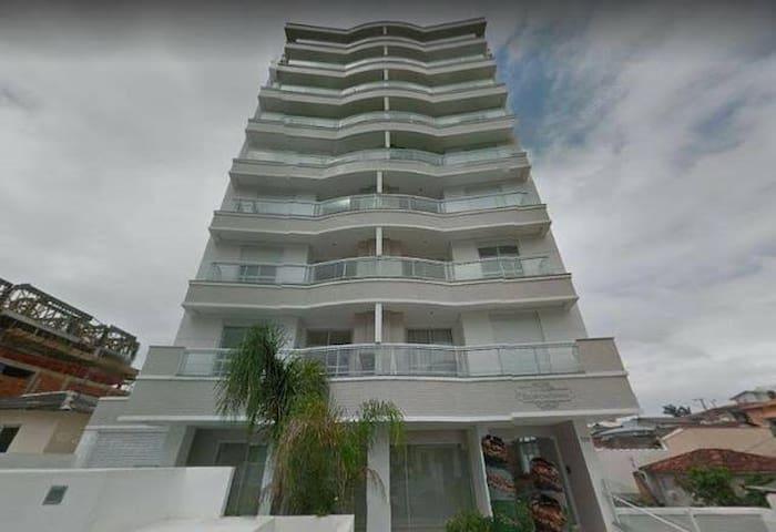 Ótimo apartamento - São José - Mobiliado e garagem