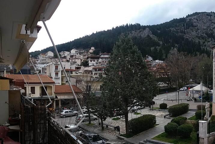 Σοφιτα με θεα στις πηγες  / Αttic with a view