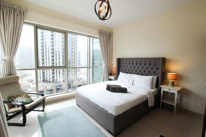 2 BDR| Burj Khalifa & Dubai Mall *Free Int. Calls*