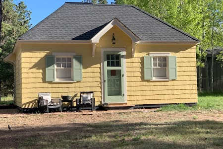 Mountain Paradise Cottage