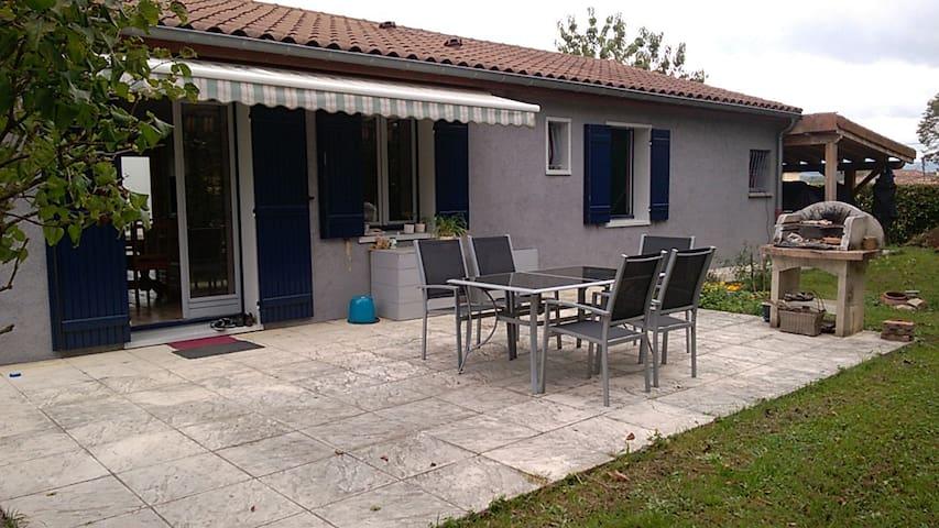 Chambres pour 4 en Bresse, proche de Mâcon