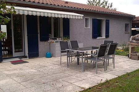Chambre pour 2 en Bresse, proche de Mâcon