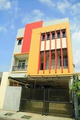 Sky Family Residence - Semarang - House