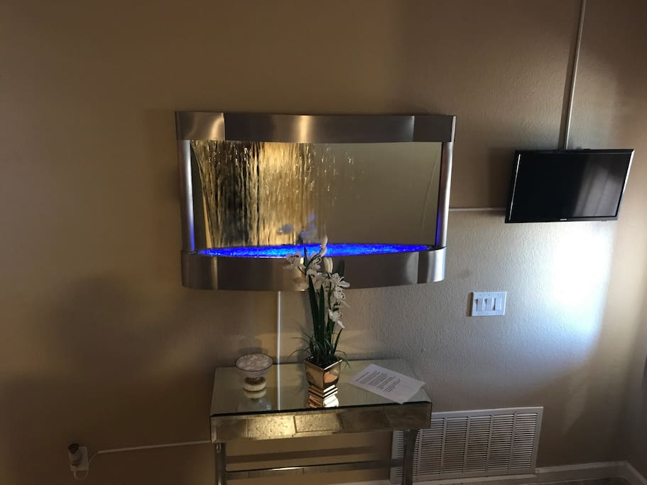 LED wall mirror fountain, mirror desk, and fresh mints. :)