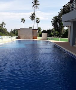 Apartment with pool close to BUU and Bangsaen - Apartament