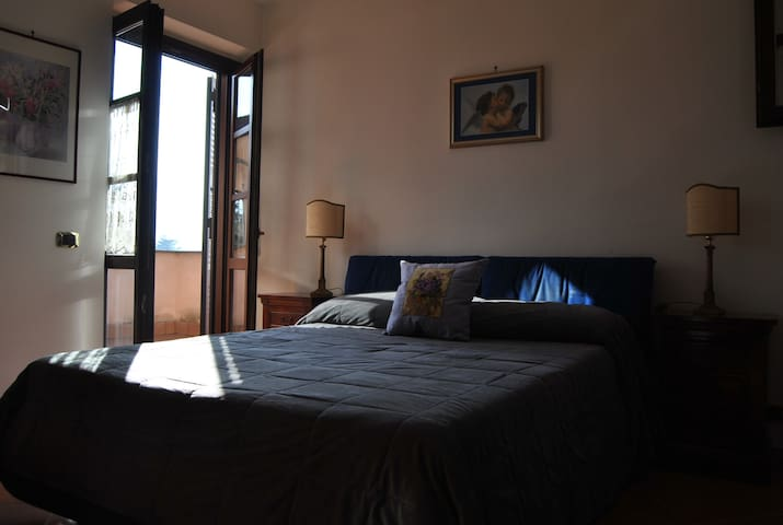 Double room with private bathroom - Grottaferrata - Casa