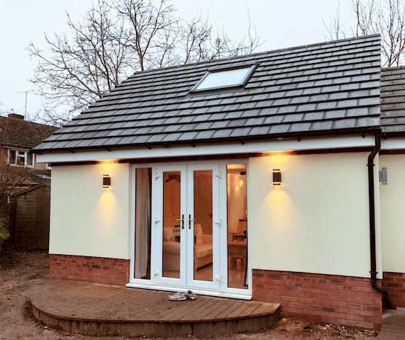 1 bedroom semi-detached bungalow