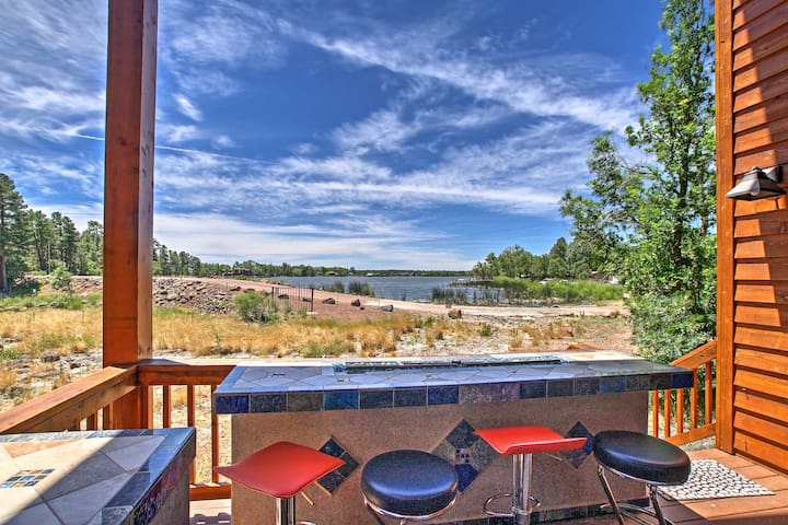 Lakeside House w/ Waterfront Entertaining Patio!