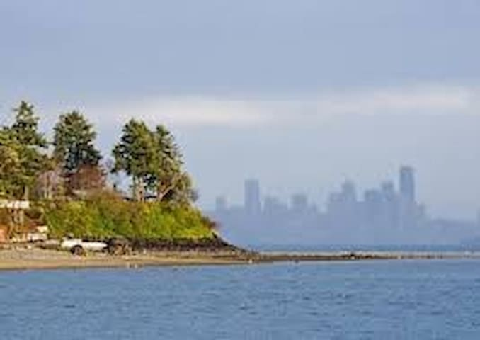 Our Bainbridge Island Guide