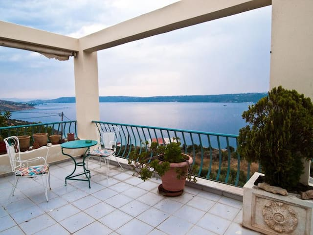 Armonia, Breathtaking Sea View Apt- Αptera Chania - Kalami - Appartement