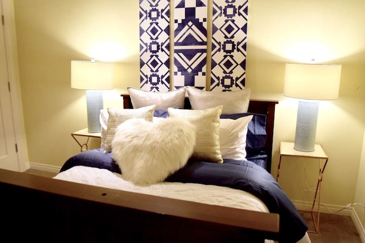 Cozy & Luxurious Private Room - Agoura Hills - Hus