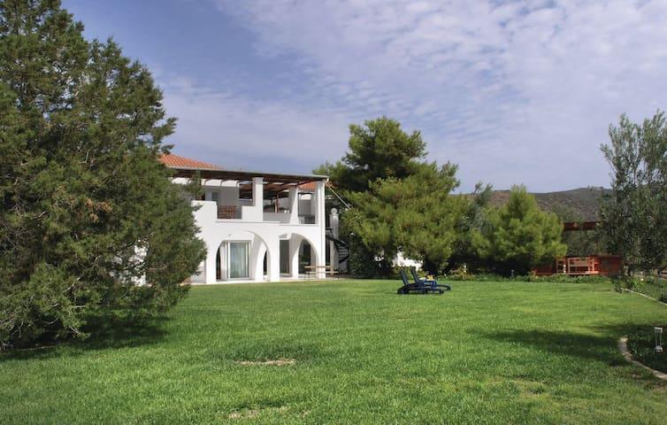Soleiliosonne Haus Minos - Ermioni - Lägenhet