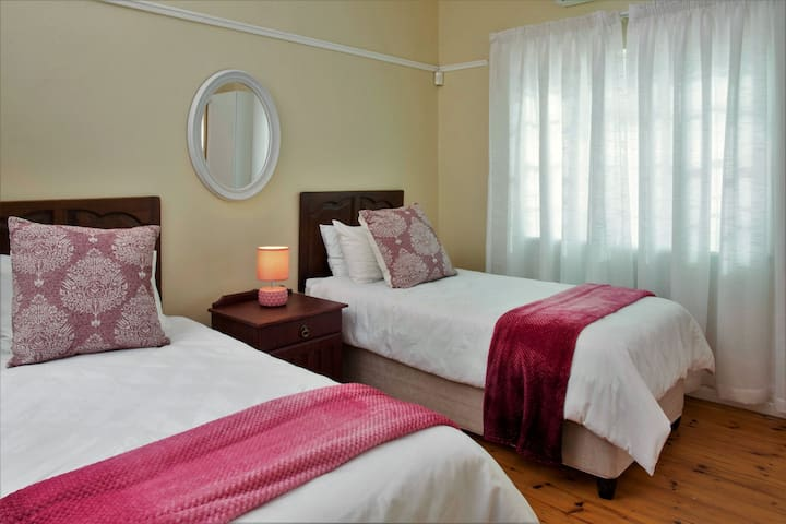 Pink Room with extension