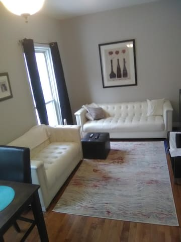 DOWNTOWN HALIFAX Apt-AIR CONDITION Free PARKING!