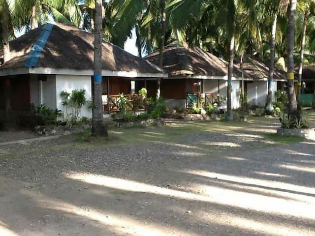 Campuyo Aroma Beach Resort - Manjuyod - Srub