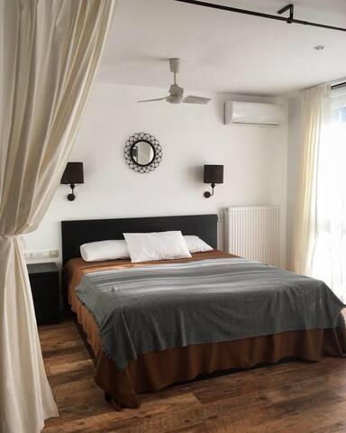 Кровать 180 см