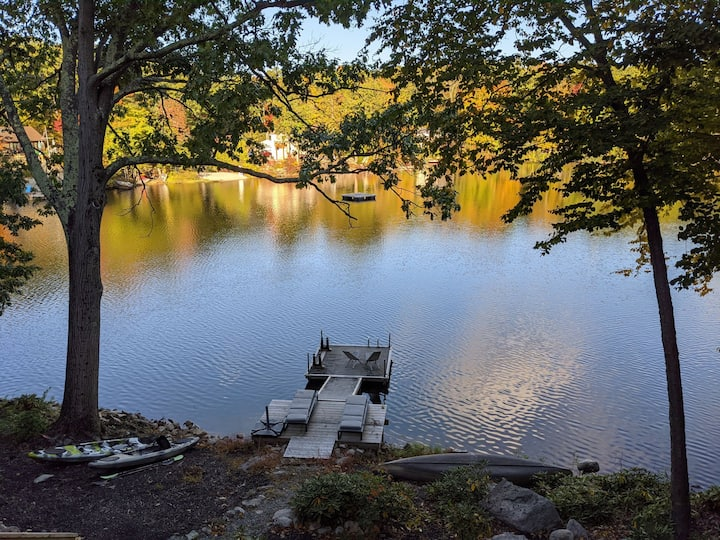 Rare find! Stay at cozy mod lakehouse near NYC