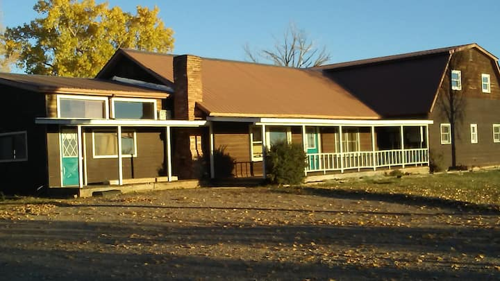 Mountain View Lodge for families - SW Colorado