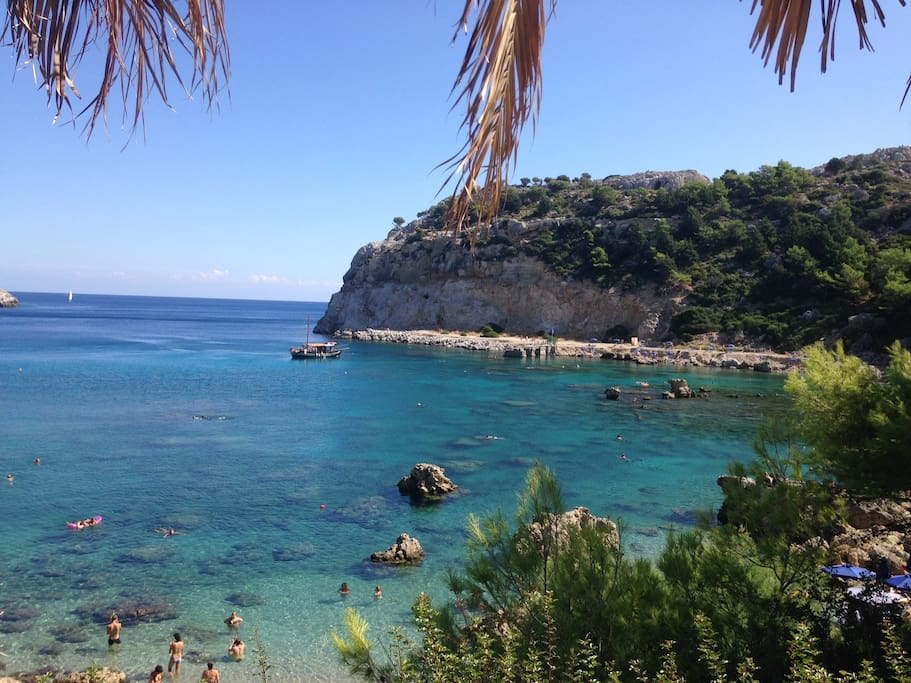 Anthony Quinn Bay ,900 m from the villa