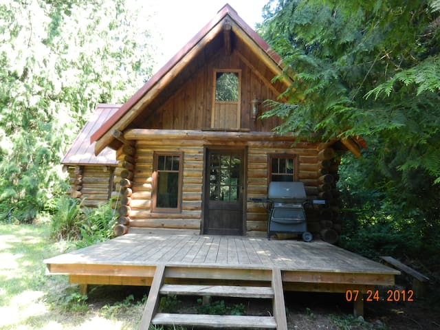 Private Log Cabin on Guemes Island - Anacortes - House