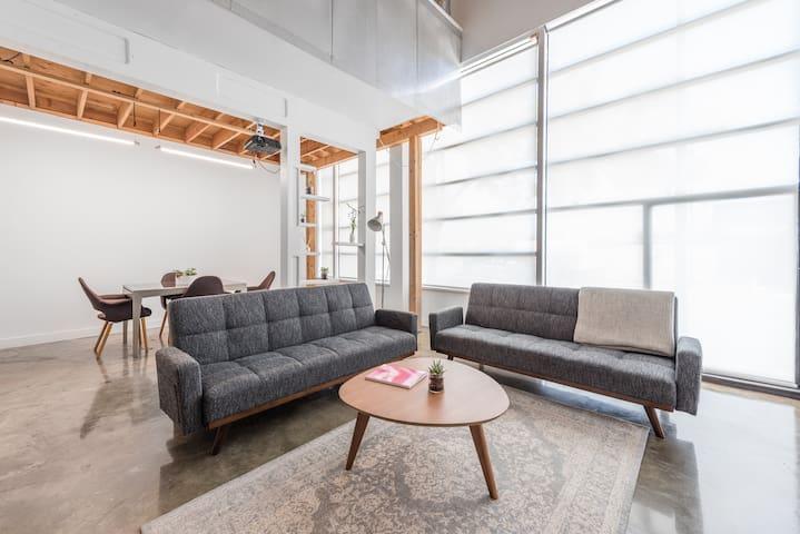 Creative Loft in Mount Pleasant