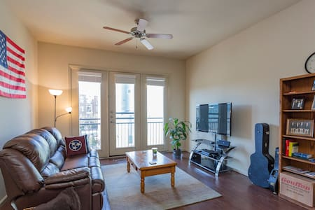 Spacious Top Floor Apartment in Cool Springs - Franklin