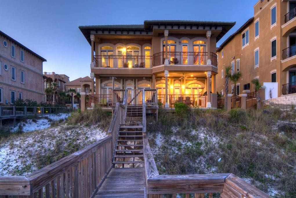 Bella Luna - Vacation Rental in Destiny by the Sea