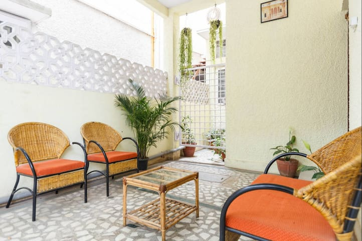 5a.Central 4 Bedroom House opp park - Bangalore - Casa