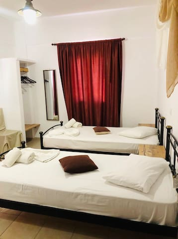 villa livadaros twins beds standard