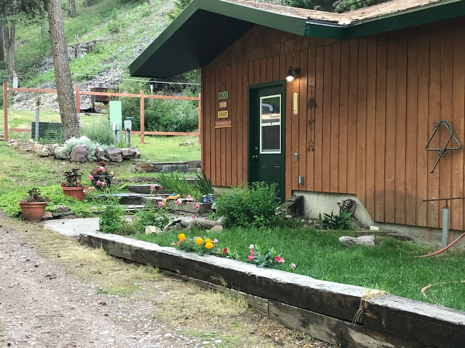 Great MT outdoors. Cool and inviting!
