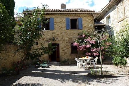 Le Petit Bréjas, en Provence - Mondragon