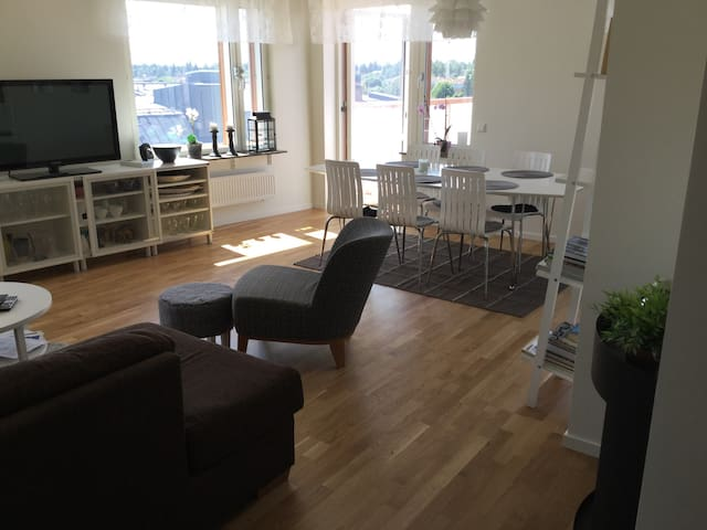 New modern apartment in Sollentuna - Sollentuna - Leilighet